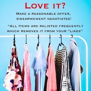 @wearwewent accepts reasonable offers!! ❤️